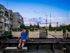 На крыше дома своего)