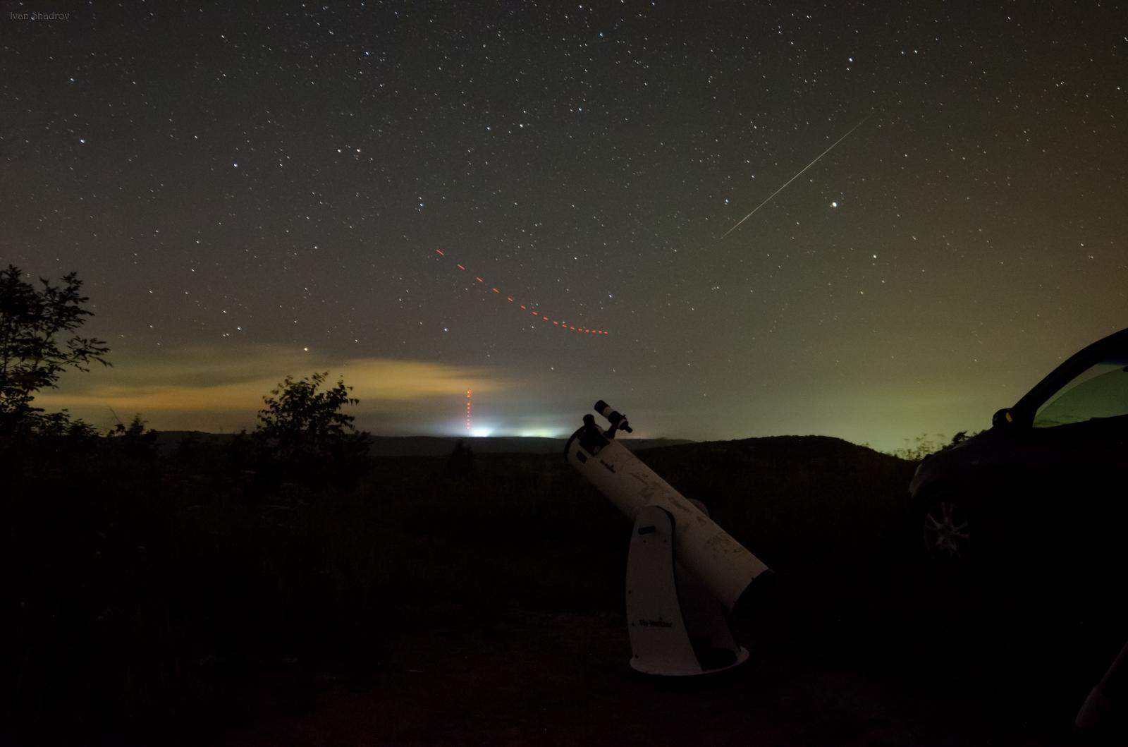 Телескоп стал свидетелем как истребитель уворачивается от атакующего его Пересида